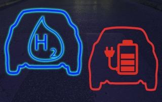 Wasserstoffauto überholt Elektroauto mit Batterie