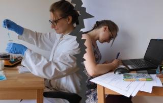 Eine Wissenschaftlerin und eine Redakteurin sitzen Rücken an Rücken zueinander.